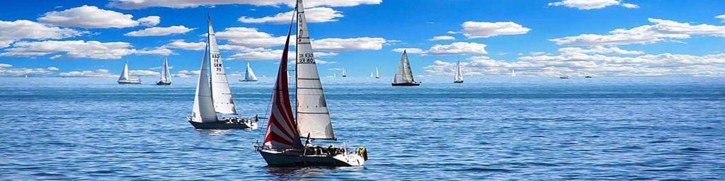 Zeiljachten te huur voor bareboat zeilen en flottieljezeilen