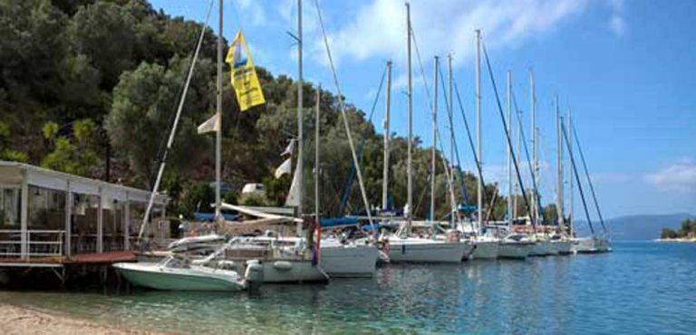Flottieljebegeleiding bij flottielje zeilen van Special Feeling sailing charters in Griekenland
