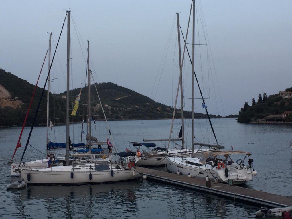 Gezellig flottielje zeilen vanuit Lefkas in Griekenland