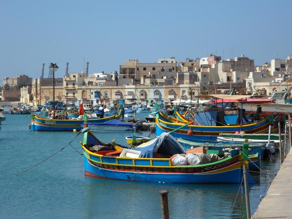 Een zeilboot huren op Malta