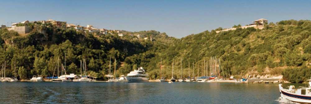 Een zeilboot huren flottielje zeilen in Griekenland vanuit Lefkas