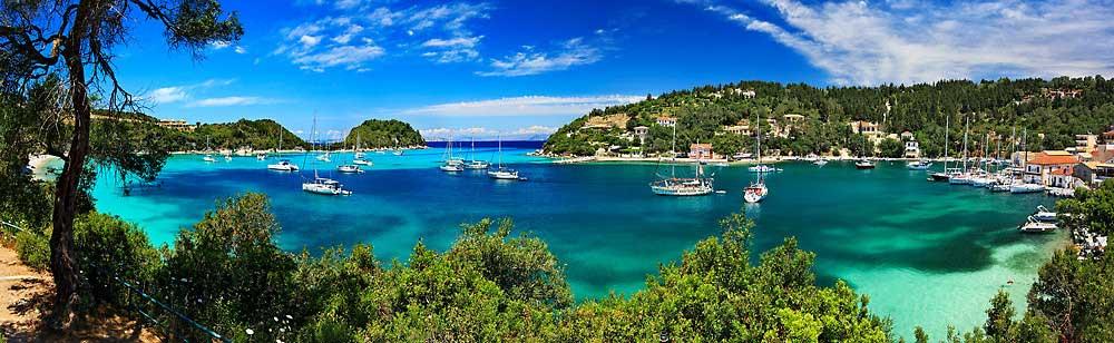 Een zeilboot huren voor flottielje zeilen in de Ionische Zee vanuit Corfu